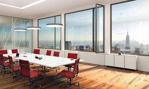 Wicona: premiera okna panoramicznego zukrytymi okuciami
