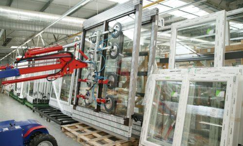 Produkcja okien wPolsce nazaciągniętym ręcznym?