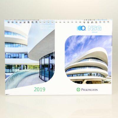 Kalendarz biurkowy: NSG Group