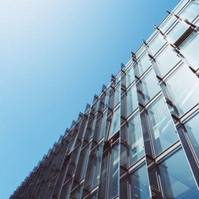 Dynamiczne wzrosty narynku fasad