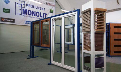 Fachowy, nowy sklep Monolitu