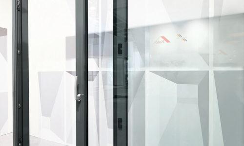 Przesuwne drzwi tarasowe zokuciem Roto Patio Inowa waluminium Ponzio zcertyfikatem RC2