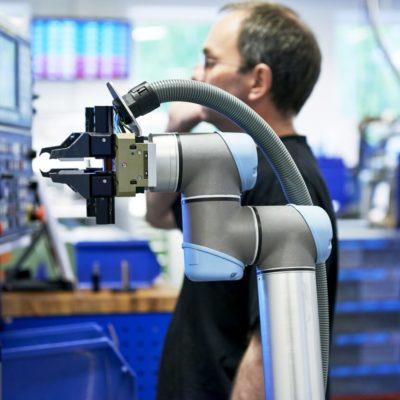 Automatyzacja produkcji dzięki wynajęciu robotów?