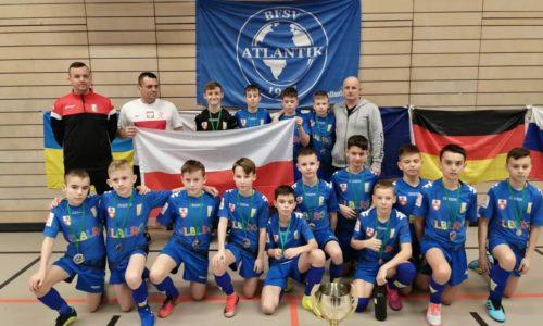 Młodzi zawodnicy Olimpii Elbląg z medalami na turnieju w Hamburgu