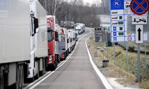 Spada dynamika eksportu polskiej stolarki