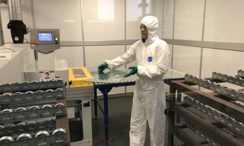 Zaawansowane prace nad szybą antywirusową