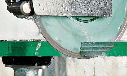 Sprzedaż włoskich maszyn do szkła ma wartość 2,3 mld euro