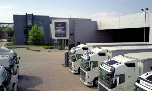 Wiśniowski mocniej stawia na usługi transportowe