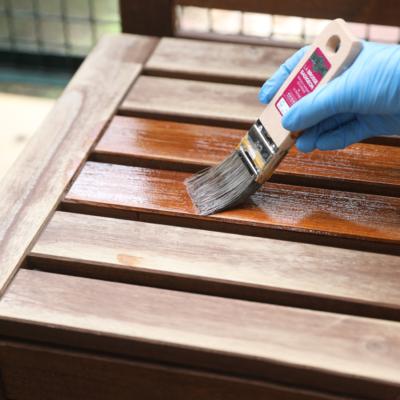 Jak zadbać o meble tarasowe po sezonie – renowacja krok po kroku