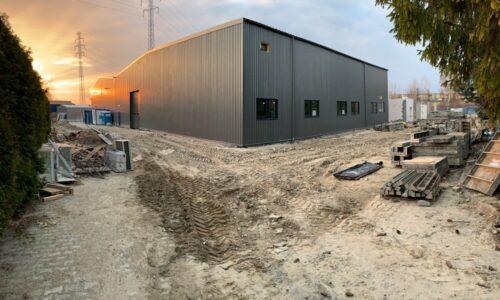 Pryzmet na finiszu budowy nowego zakładu