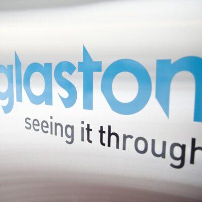 Glaston planuje obniżać koszty działalności