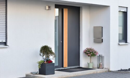 Zakup ciepłych drzwi wejściowych. Porady firmy Nitus