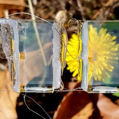 Okno z energią, która napędzi silnik