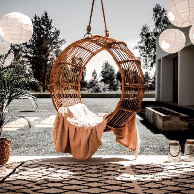 Fotele wiszące na taras i do ogrodu
