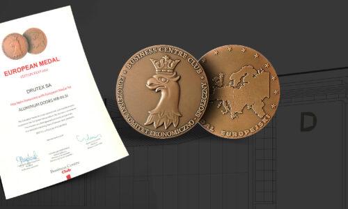 DRUTEX z Medalem Europejskim za drzwi aluminiowe