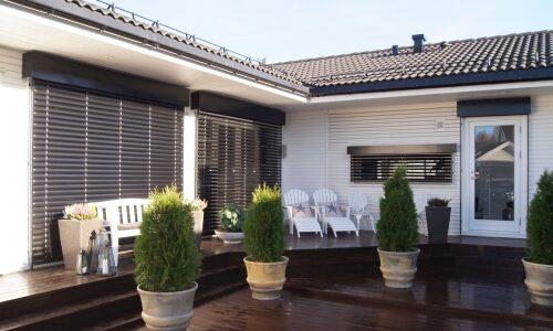 Jak ochronić dom przed nadmiernym słońcem ?