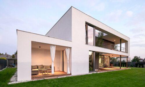 Beztroskie wakacje. A czy zabezpieczyłeś dom przed włamaniem?