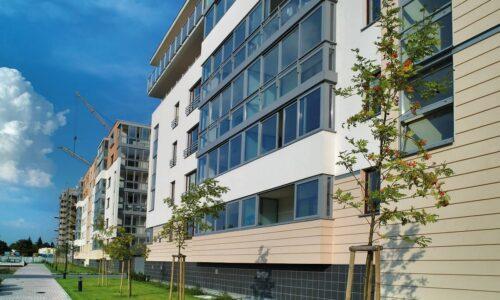 PONZIO: Lekka zabudowa balkonów w systemie BL18