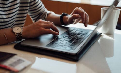 Internet głównym źródłem informacji o oknach