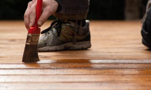Czy drewniane tarasy można olejować?