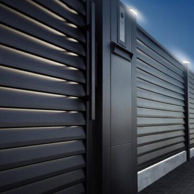 Na straży posesji – ogrodzenie bezpieczne, czyli jakie?